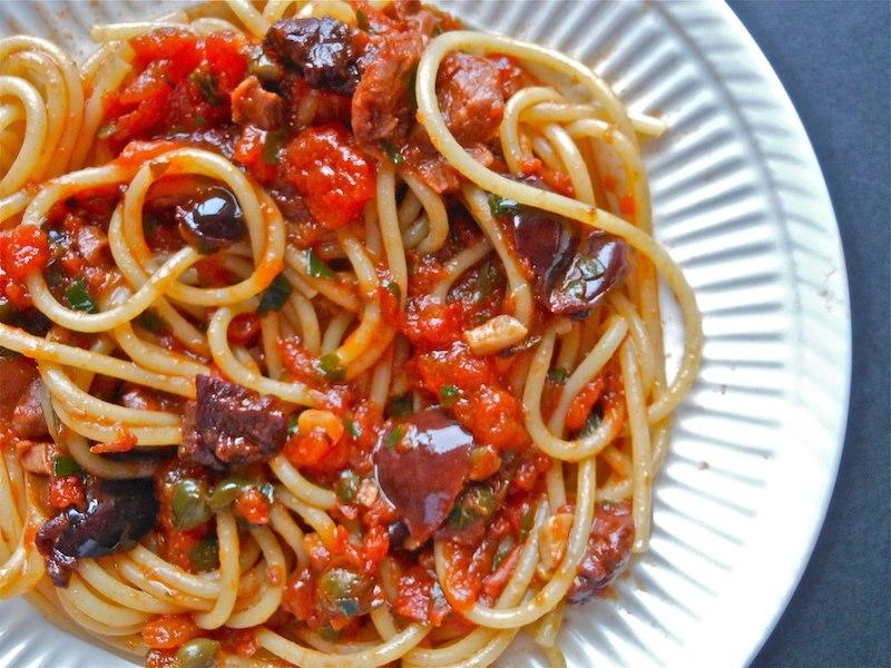 Recept voor Pittige Spaghetti Puttanesca - Pasta Recepten
